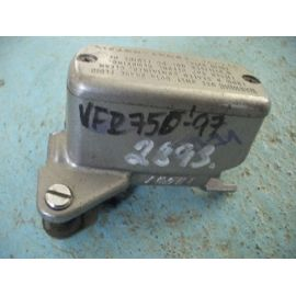 VFR 750 RC36